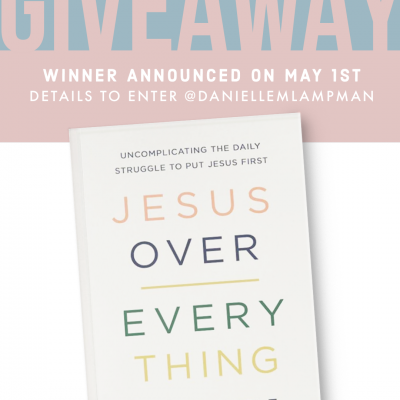 IT'S TIME FOR A GIVEAWAY